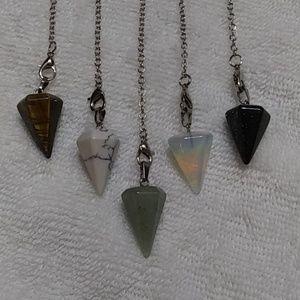 Jewelry - Natural stone pendulum